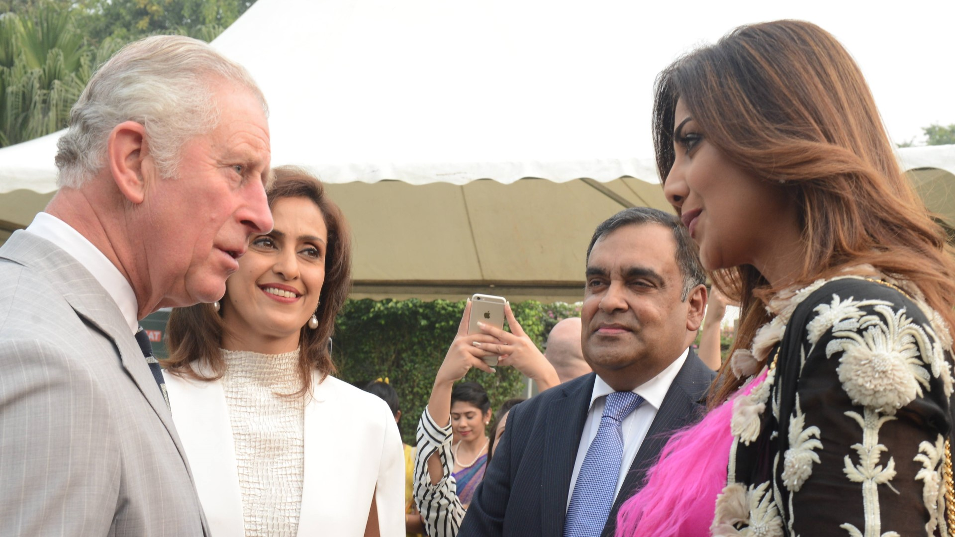 Shivani interacting with Prince Charles during his India Visit along with bollywood actress Shilpa Shetty and Indian High Commissioner to United Kingdom Y.K. Sinha