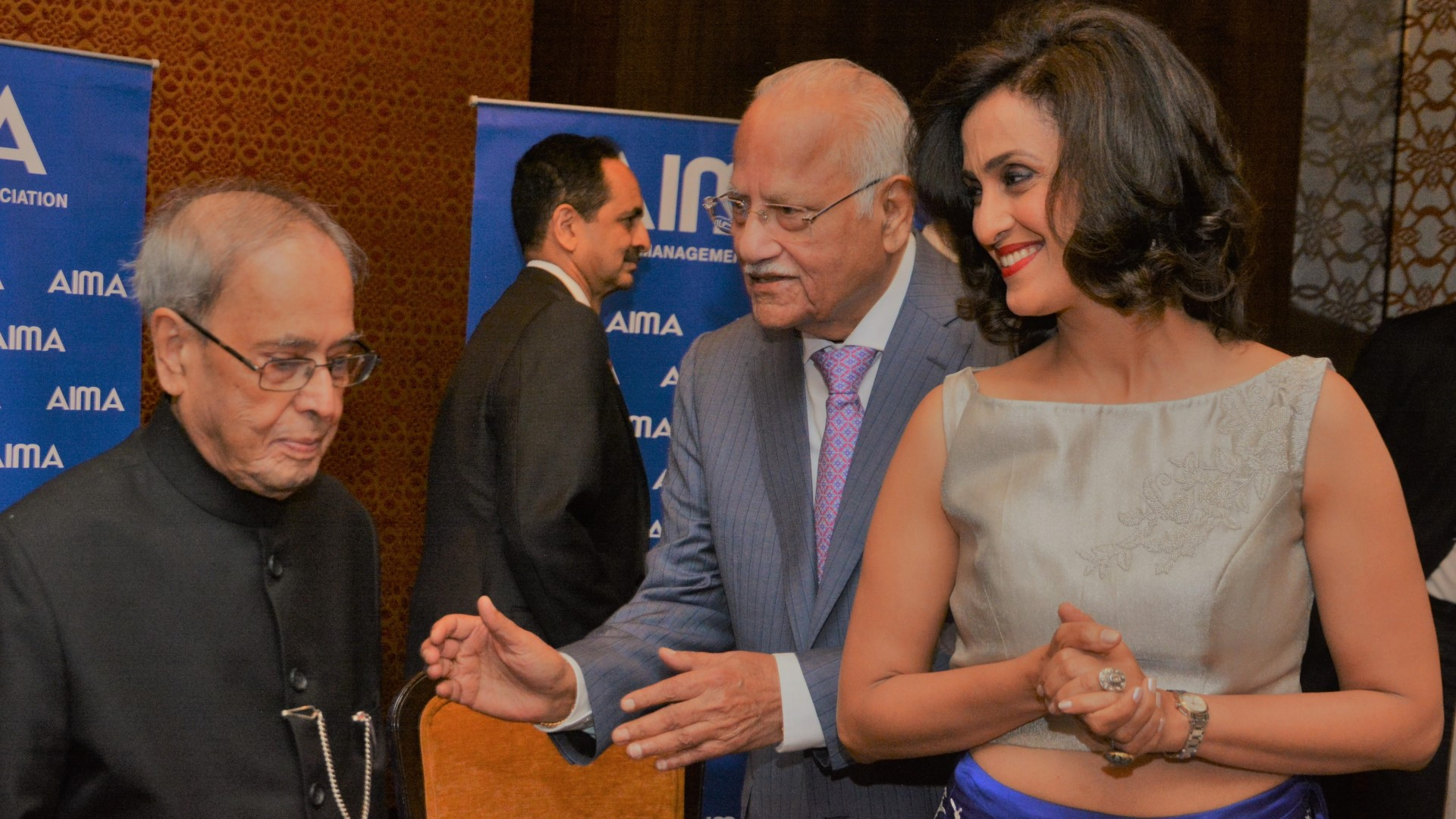 Shivani with President Pranab Mukherjee at the AIMA Awards ceremony